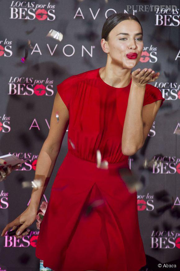 Irina Shayk à la présentation de la campagne Locas Por Los Besos d'Avon au Mexique le 29 janvier 2015.