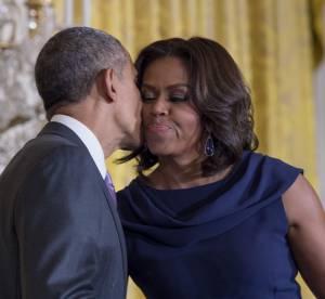 Michelle et Barack Obama, l'amour sans gêne: regards complices et gestes tendres