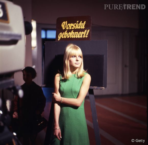France Gall, une vraie poupée blonde des années 60.