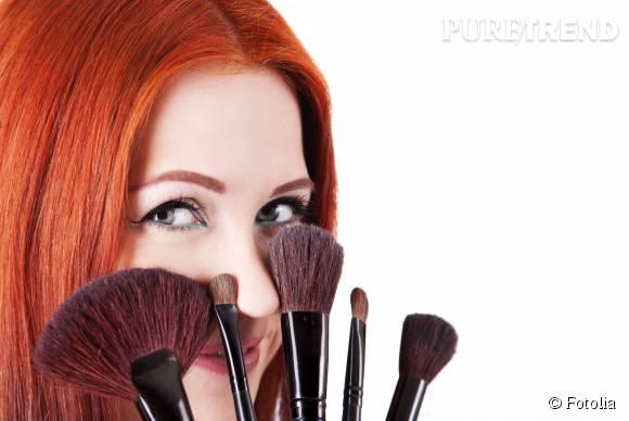Cacher son acné ? C'est possible avec les bonnes techniques et les bons produits ! Puretrend vous donne quelques conseils.