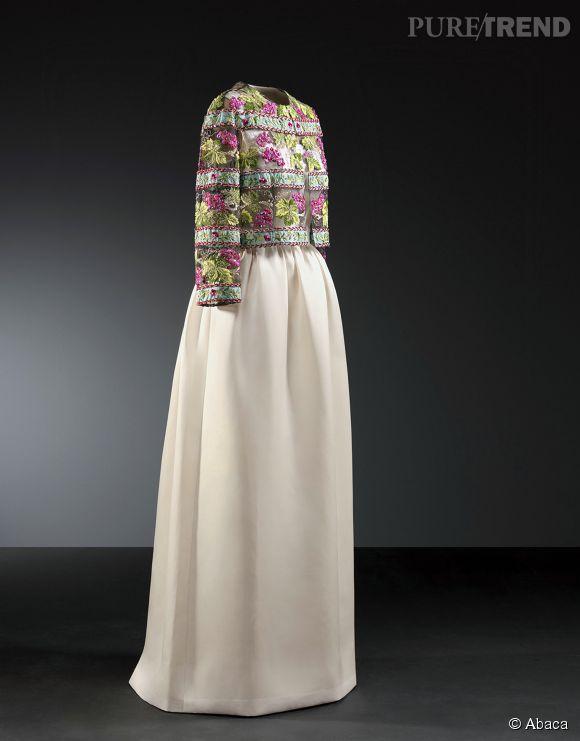 Robe qu'a porté Grace Kelly signée Cristóbal Balenciaga au Balenciaga Museum de San Sebastian, en Espagne.