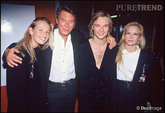 Estelle Lefébure avec Johnny, David et Sylvie Vartan le soir de la première de la tournée de David en 1991.