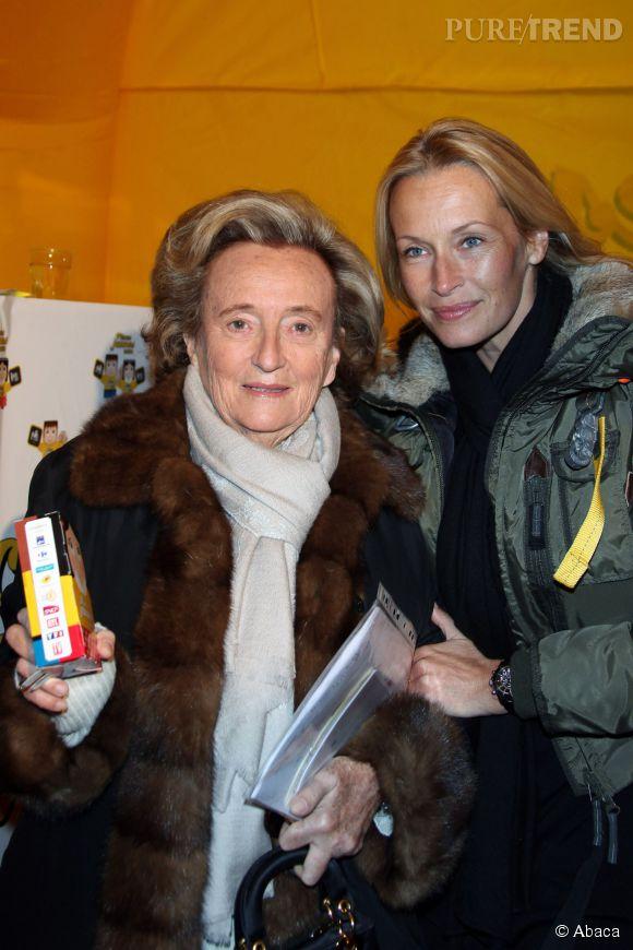 Estelle Lefébure et Bernadette Chirac en 2010 pour le lancement de l'opération Pièces Jaunes.