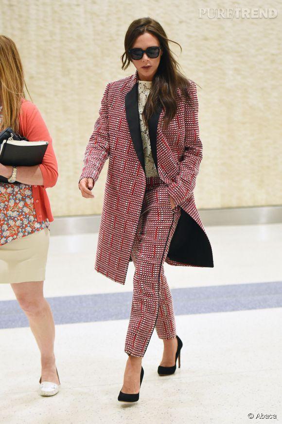 Victoria Beckham stylée à l'aéroport JFK.