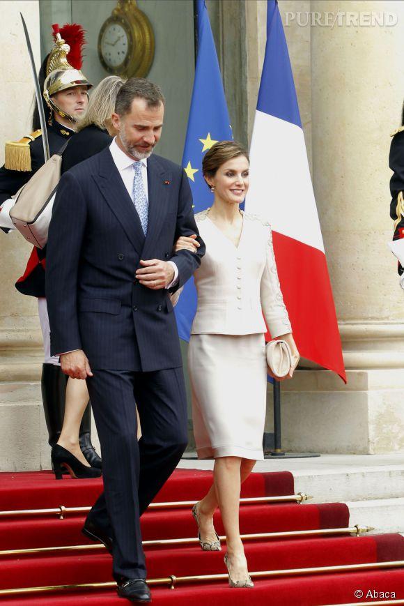 La reine Letizia et son mari de roi sont à Paris depuis le 2 juin 2015 et enchaînent les apparitions : déjà quatre looks en moins de 48h !