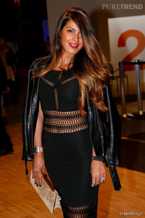 """Ayem Nour sort la petite robe ajourée pour l'exposition """"Orange jeunes designers""""."""