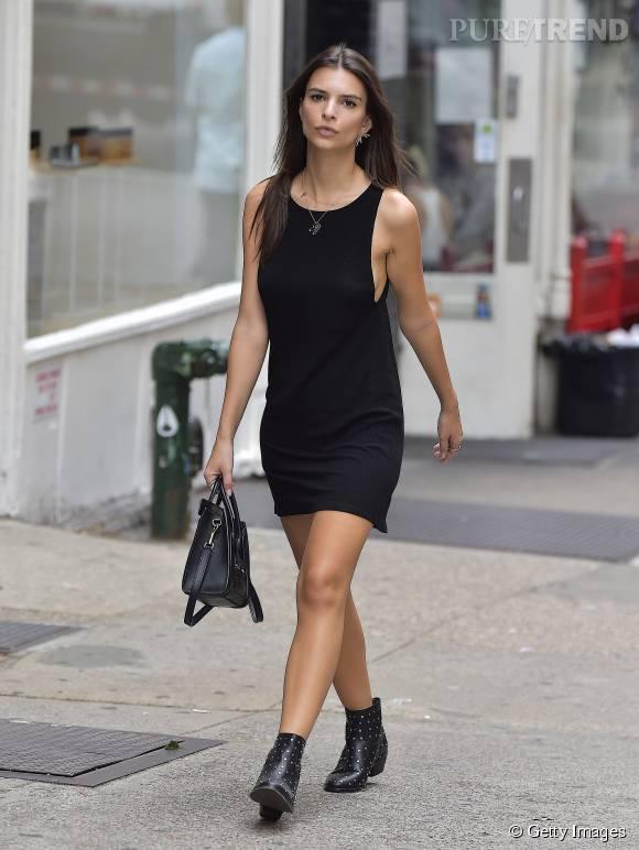 Emily Ratajkowski, un total look noir ultra sexy.