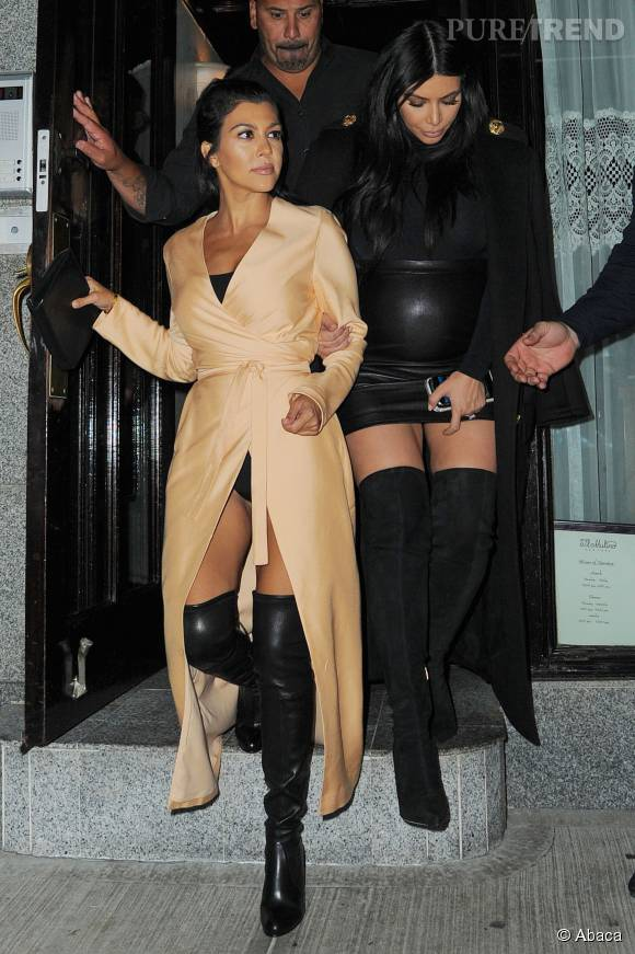 Kim Kardashian, toujours plus provocante pour une sortie entre soeurs.