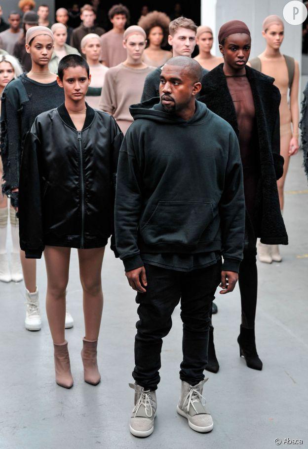 L'année dernière, Kanye West dévoilait le fruit de sa première collaboration avec Adidas Originals en pleine Fashion Week.