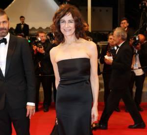 Valérie Lemercier, une beauté fatale en bustier noir sur le red carpet cannois en 2015.