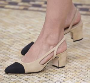 La Slingback : mythique chaussure bicolore Chanel revisitée par Karl Lagerfeld