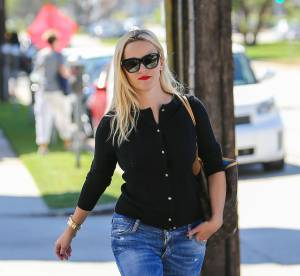Reese Witherspoon : sa tenue de working girl qu'on veut shopper à tout prix !