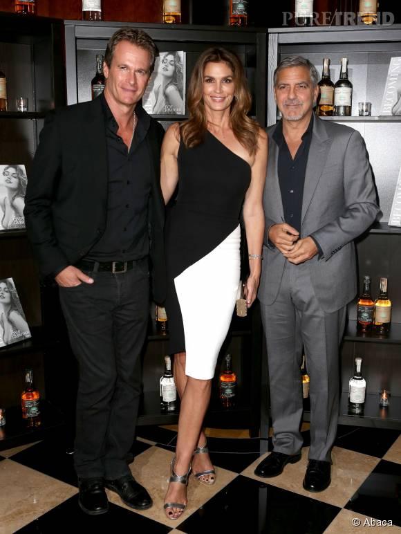 Rande Gerber, Cindy Crawford et George Clooney à Londres le 1er octobre 2015.