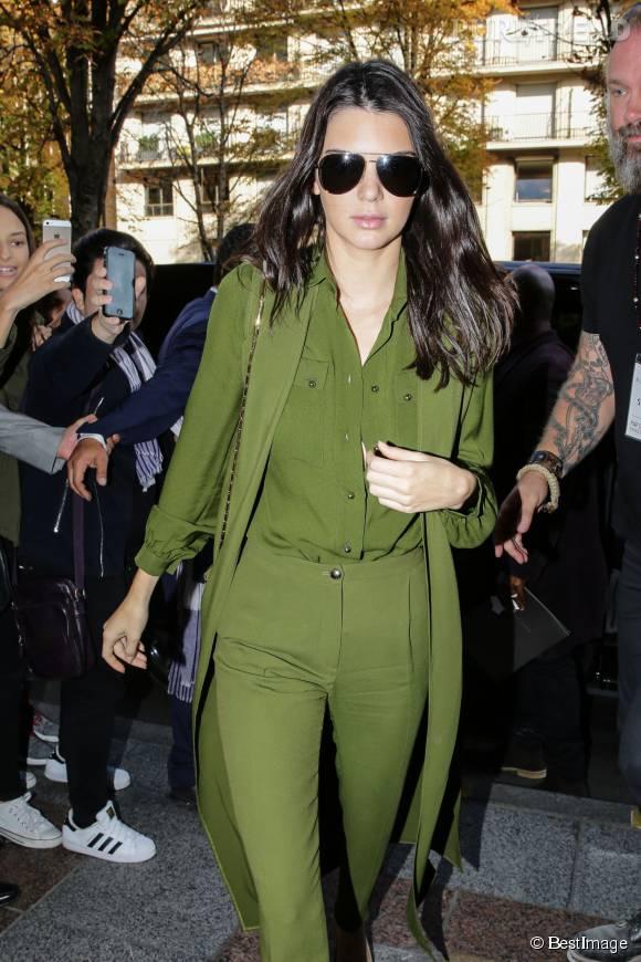 Kendall Jenner, lookée à Paris le 3 octobre