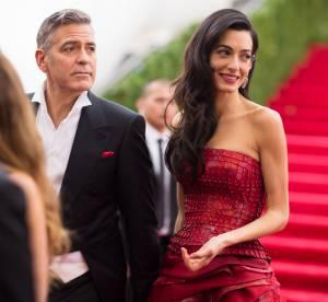 Amal Clooney : alerte culotte, l'épouse de George en montre plus que prévu !