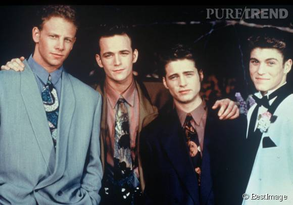 Jason Priestley, Luke Perry et Brian Austin Green ont tous flirter plus ou moins avec Tori Spelling.