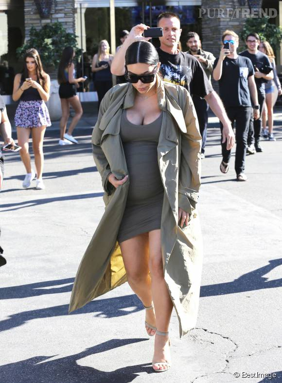 Kim Kardashian a décidé de ne jamais abandonner ses talons hauts.