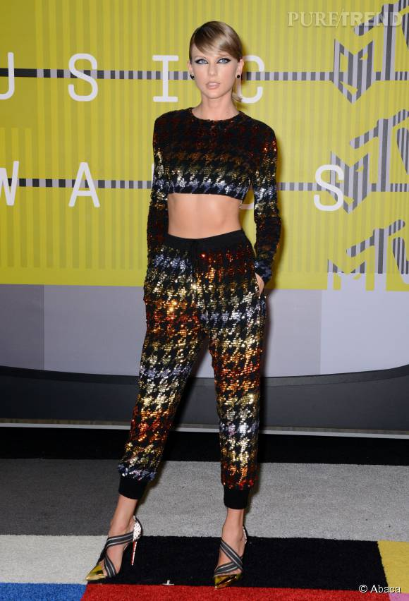 Taylor Swift, sublime blonde aux MTV Video Music Awards.