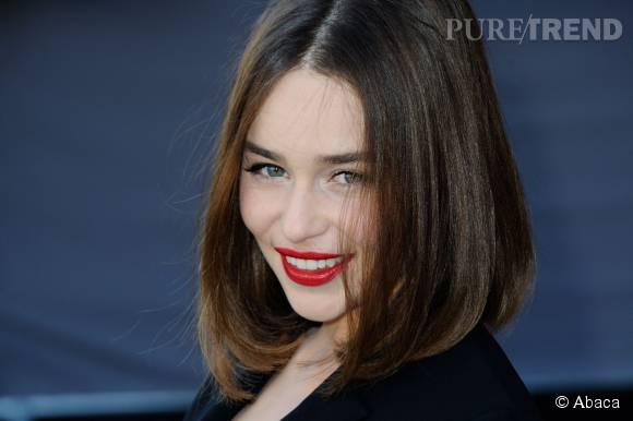 Emilia Clarke envoûtante chez Dior.