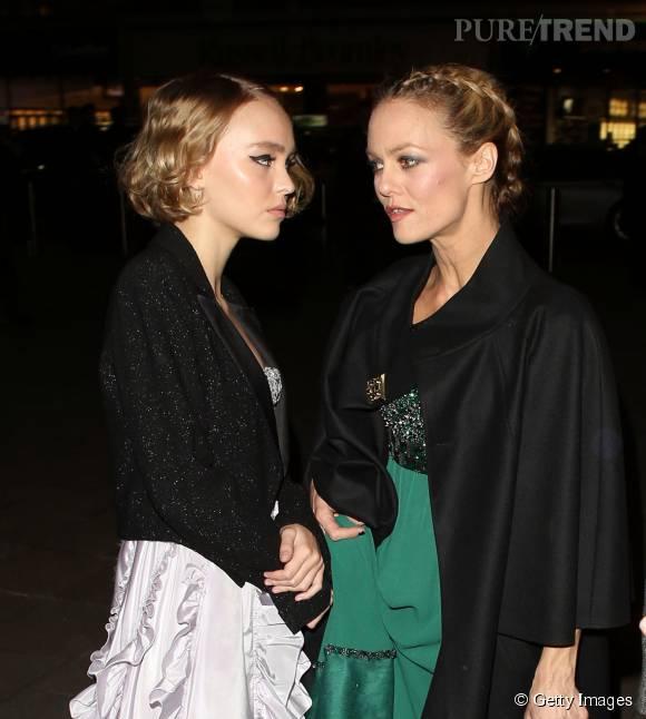 Vanessa Paradis et Lily-Rose Depp : un duo mère fille ravissant en tenue de soirée pour Chanel !