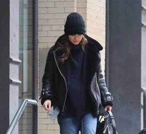 Keira Knightley : veste oversize et jean boyfriend ... A shopper !