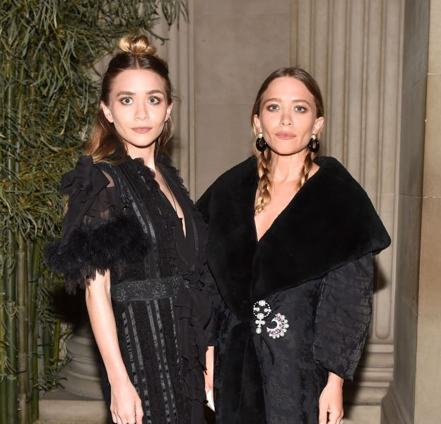 Ashley Olsen et Mary-Kate Olsen au MET en mai 2015.