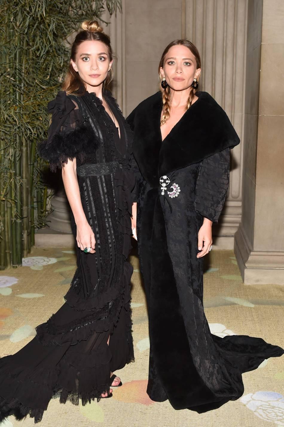 Ashley Olsen et Mary-Kate Olsen au MET en mai 2015.
