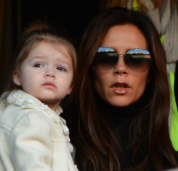 Victoria Beckham et sa petite fille Harper commencent l'année sous les cocotiers.