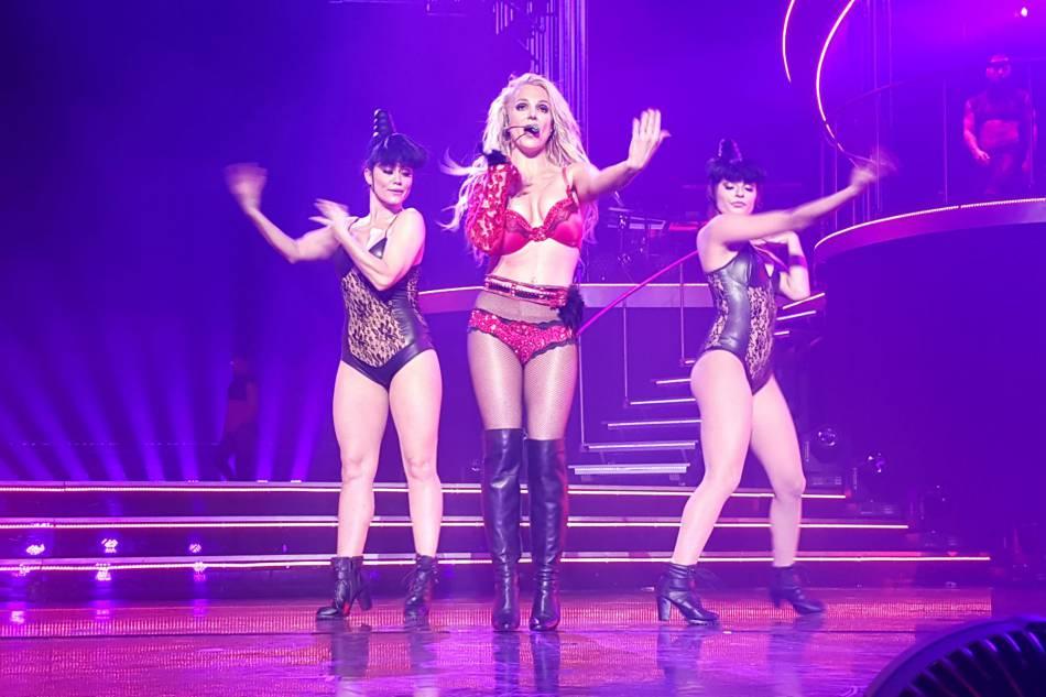 Britney Spears a mis le paquet pour son dernier show avant six semaines de vacances.