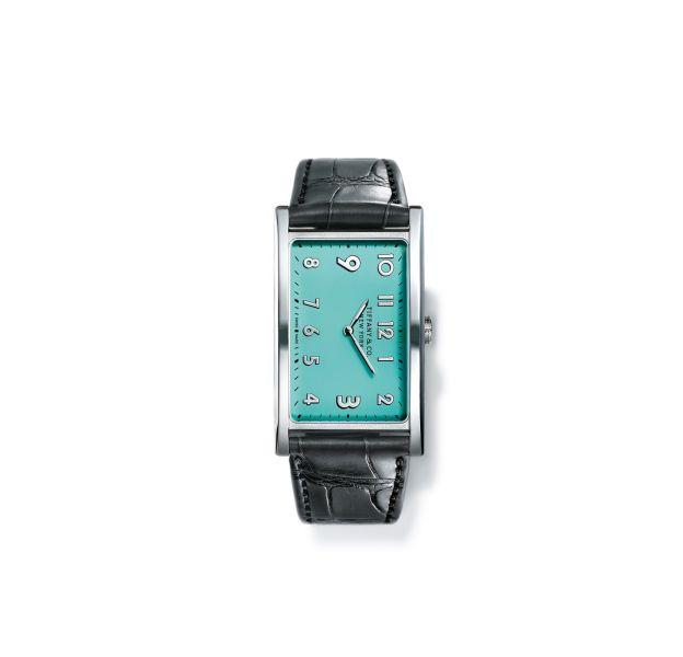 """La nouvelle montre """"East West"""" Tiffany & Co, boîtier en acier, bracelet en alligator gris, prix sur demande."""