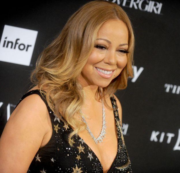 Mariah Carey enflamme la Toile avec une photo en bikini.