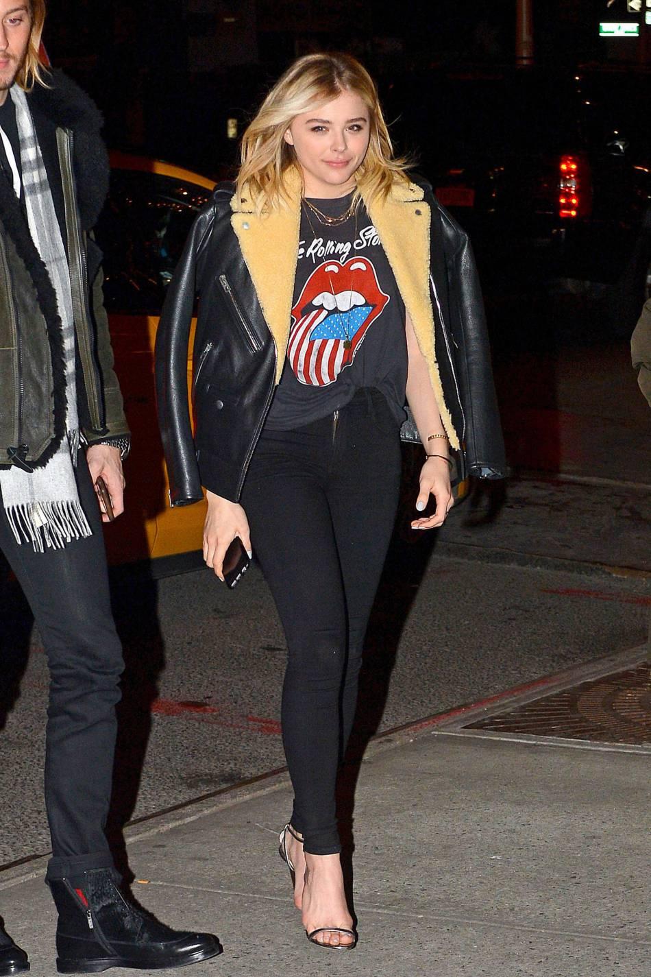 Chloë Moretz : on veut sa tenue chic et rock'n'roll !