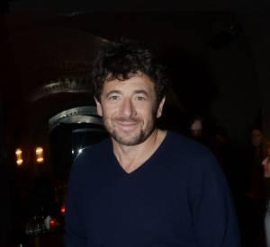 """Patrick Bruel fait partie des cinquante artistes qui participent au clip de """"Liberté""""."""