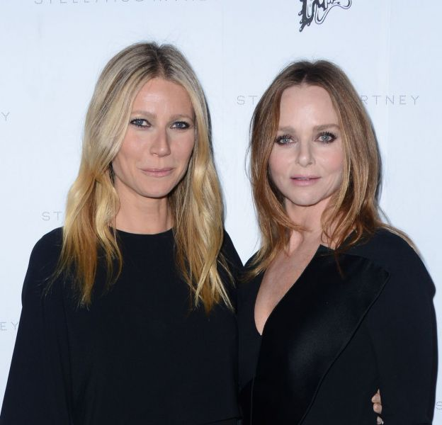Gwyneth Paltrow et Stella McCartney à la présentation de la collection de l'Automne 2016 de Stella McCartney, à Los Angeles, ce mardi 12 janvier 2016.