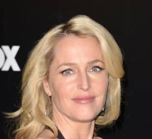 Gillian Anderson : l'agent Scully n'est plus rousse mais blonde.