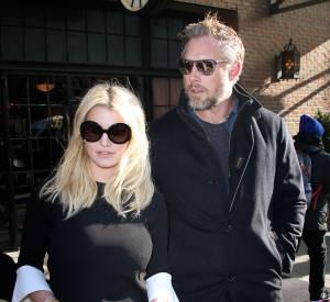 Jessica Simpson accompagné de son compagnon Eric Johnson.
