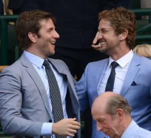 Bradley Cooper et Gerard Butler : canons et drôles, les deux acteurs sont en réalité les deux meilleurs amis du monde. Au tennis ou en soirée, les deux beaux-gosses ne se quittent plus.