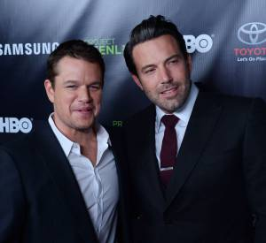 "Ben Affleck et Matt Damon : talentueux, les deux playboys qui ont conquis Hollywood depuis leurs rôles dans le film ""Will Hunting"" ne jurent que par leur amitié."