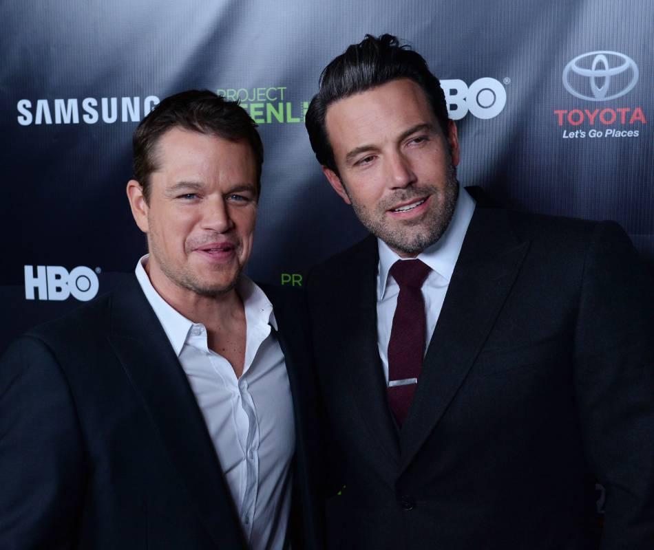 """Ben Affleck et Matt Damon : talentueux, les deux playboys qui ont conquis Hollywood depuis leurs rôles dans le film """"Will Hunting"""" ne jurent que par leur amitié."""