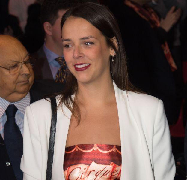 Pauline Ducruet, le sourire et le ventre apparent. Elle ne portait pour tout haut que l'écharpe du festival !