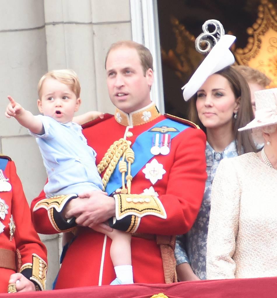 Le prince William et Kate Middleton fêteront bientôt la Saint-Valentin eux aussi, mais Will risque de n'avoir d'yeux que pour son nouveau gros joujou !