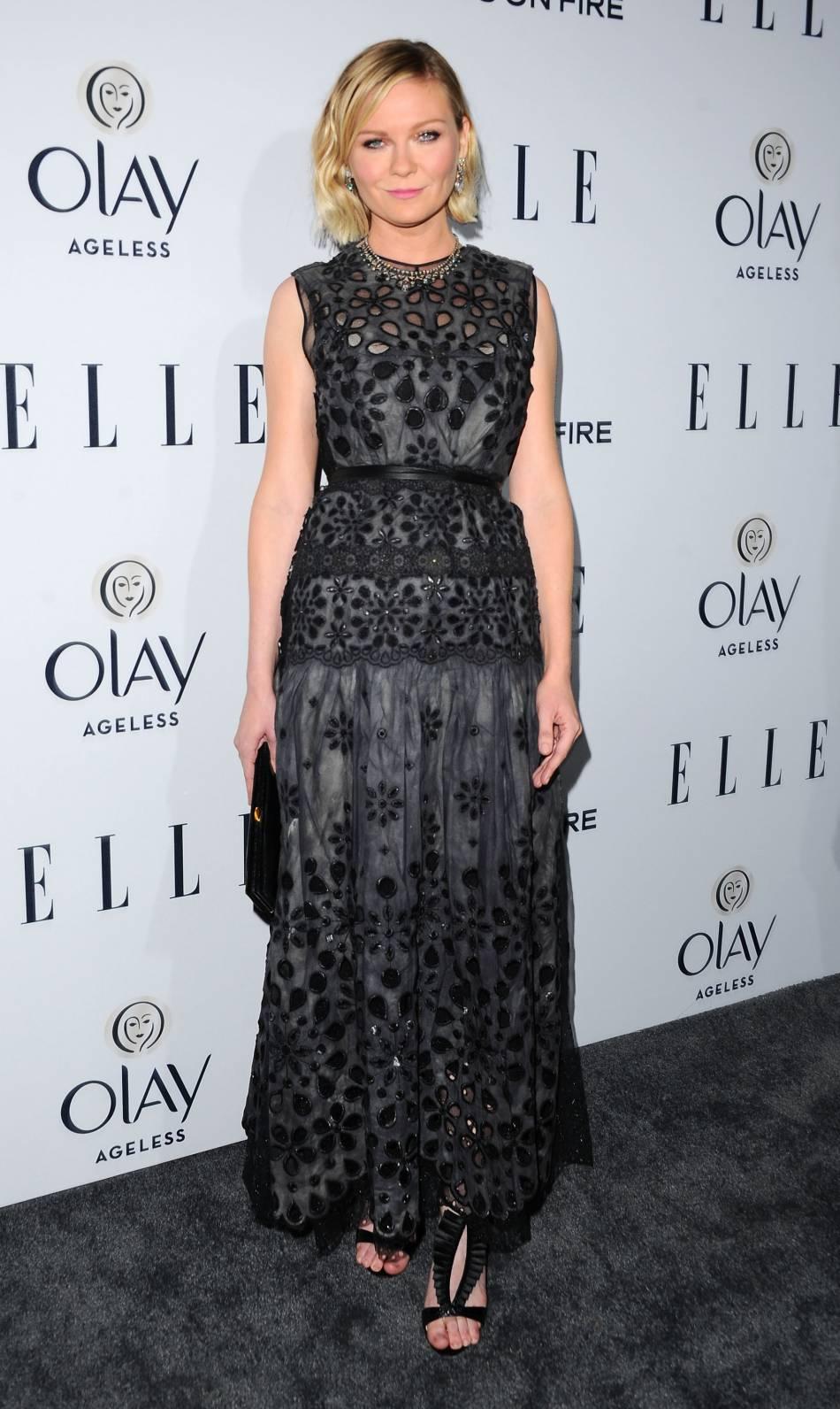 Kirsten Dunst éblouissante dans un look de grand créateur.