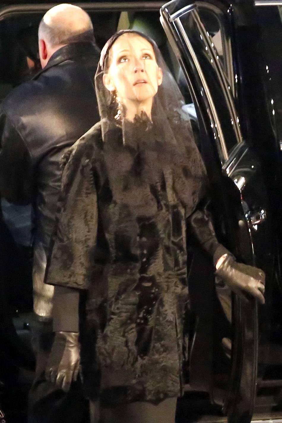 Céline Dion à son arrivée à la basilique Notre Dame.