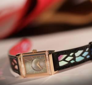 """Jaeger-LeCoultre dévoile sa collaboration avec Christian Louboutin.Montre """"Reverso Classic Duetto"""", mouvement mécanique à remontage automatique. Boîtier en acier et diamants, bracelet en cuir."""