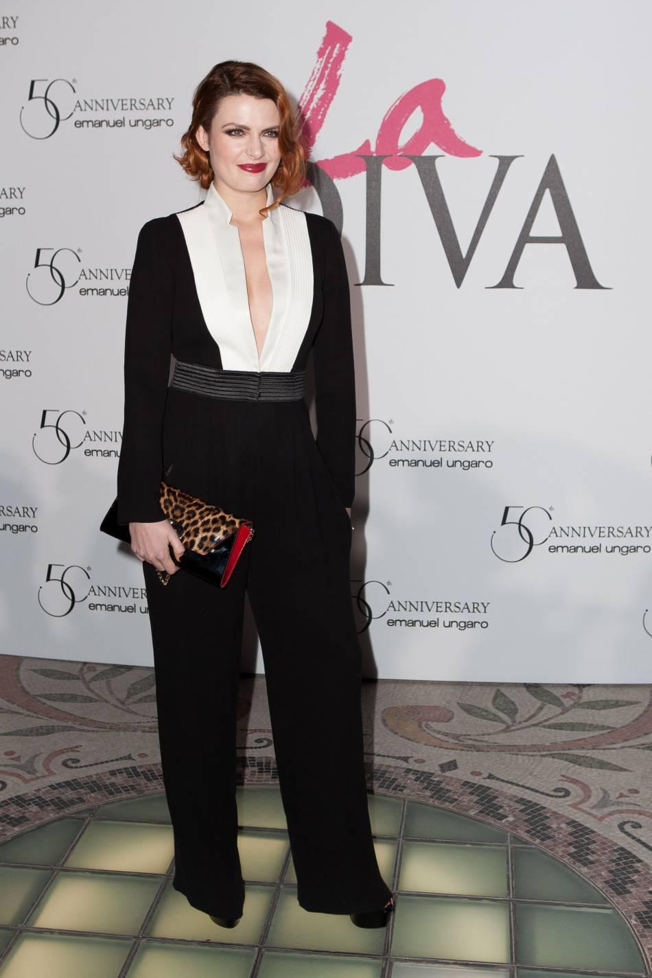 Elodie Frégé au cinquantième anniversaire de la maison de couture Emanuel Ungaro à Paris.