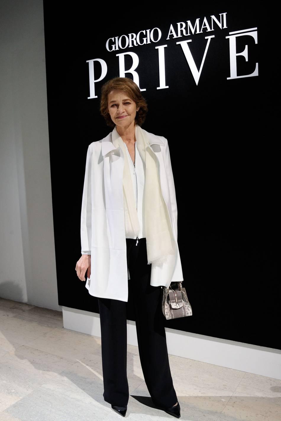 Charlotte Ramplingau défilé Haute Couture Printemps-Été 2016Armani Privé.