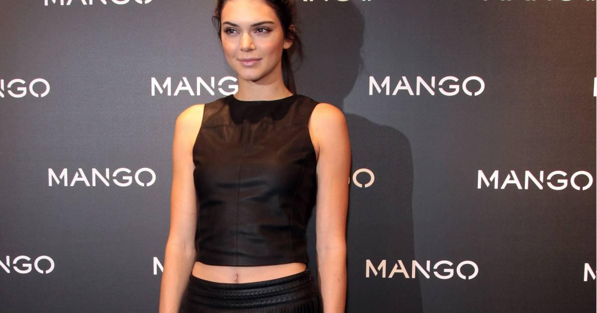 73f0a995aa40 Kendall Jenner à Barcelone pour la soirée Tribal Spirit The Secret de la  marque Mango - Puretrend