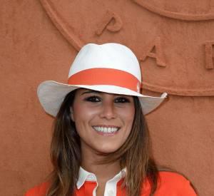 """Karine Ferri opte pour un look 100% cosy pour le before de """"The Voice""""."""