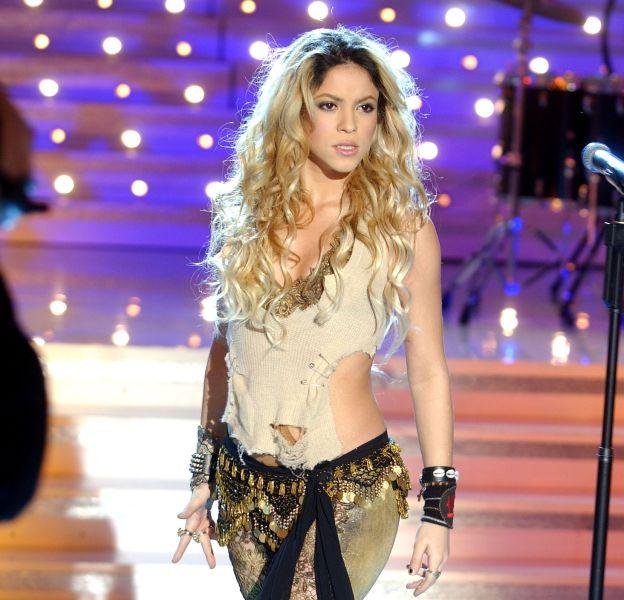 Shakira : retour sur ses looks de scène kitschs et sexy à la fois.