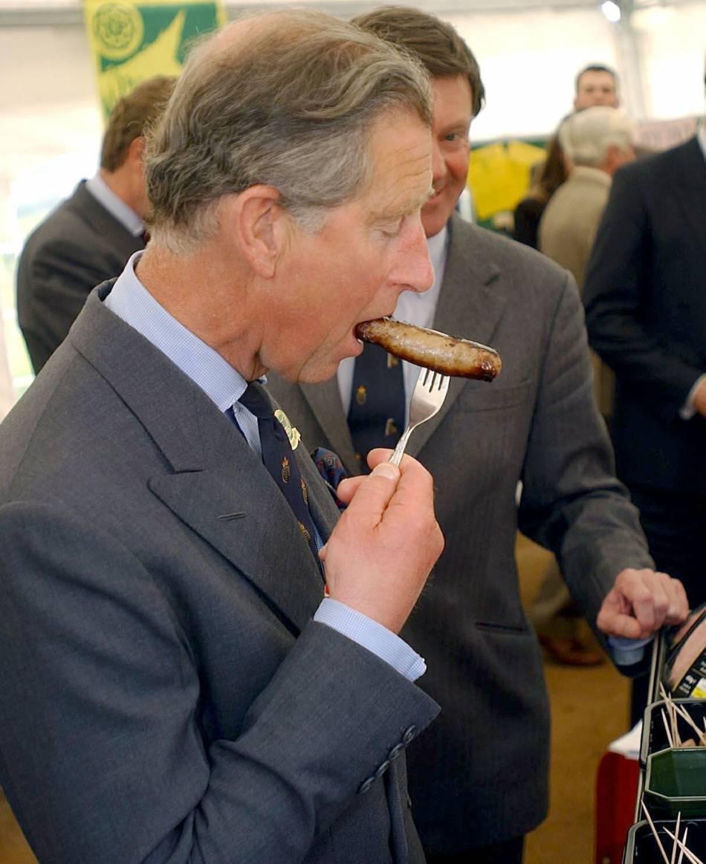Le prince Charles aime la saucisse et l'aquarelle. Des passions simples.